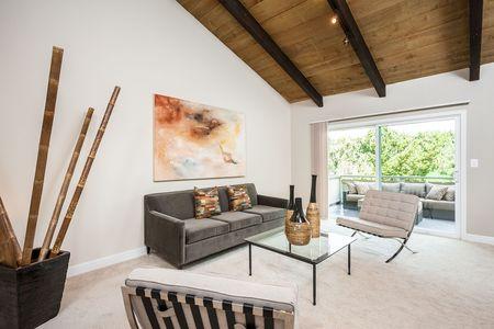 Realtor Ken DeLeon Lists Home For $1. (PRNewsFoto/DeLeon Realty, Inc.)